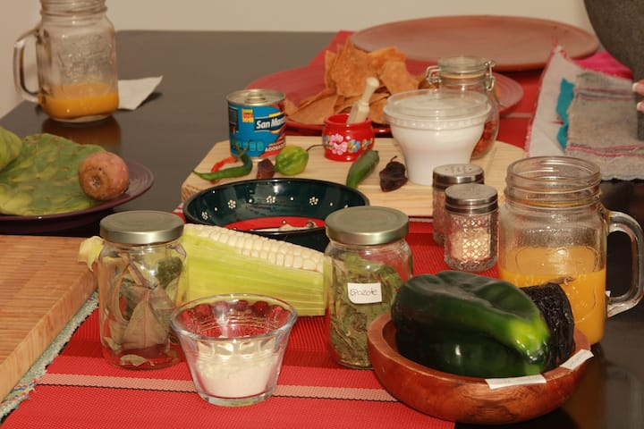 Learning mexican/prehispanic ingredients