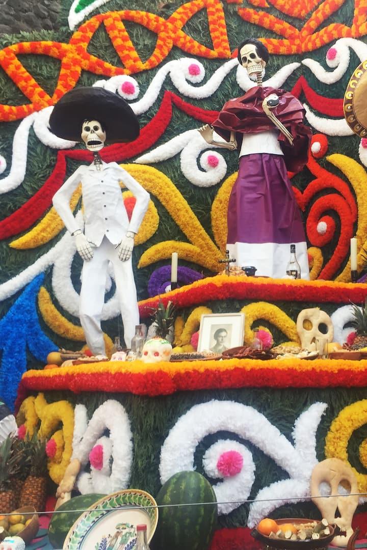 Dia de los Muertos decorations!