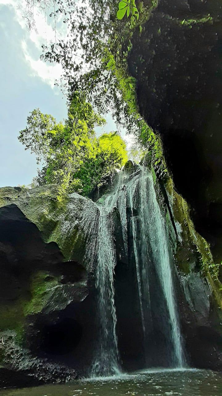 Non touristy waterfall