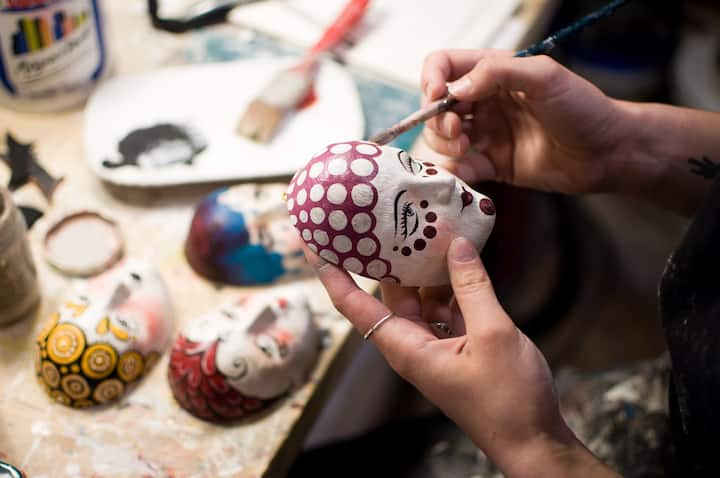 Painting a small mask