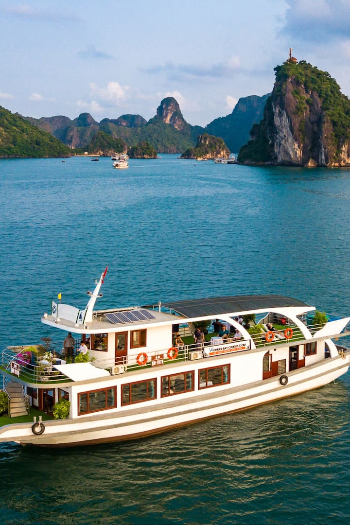 Full Day Premium Cruise With Express Bus