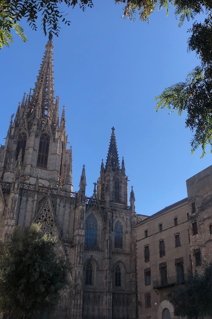 Cathedral & Old City Walls