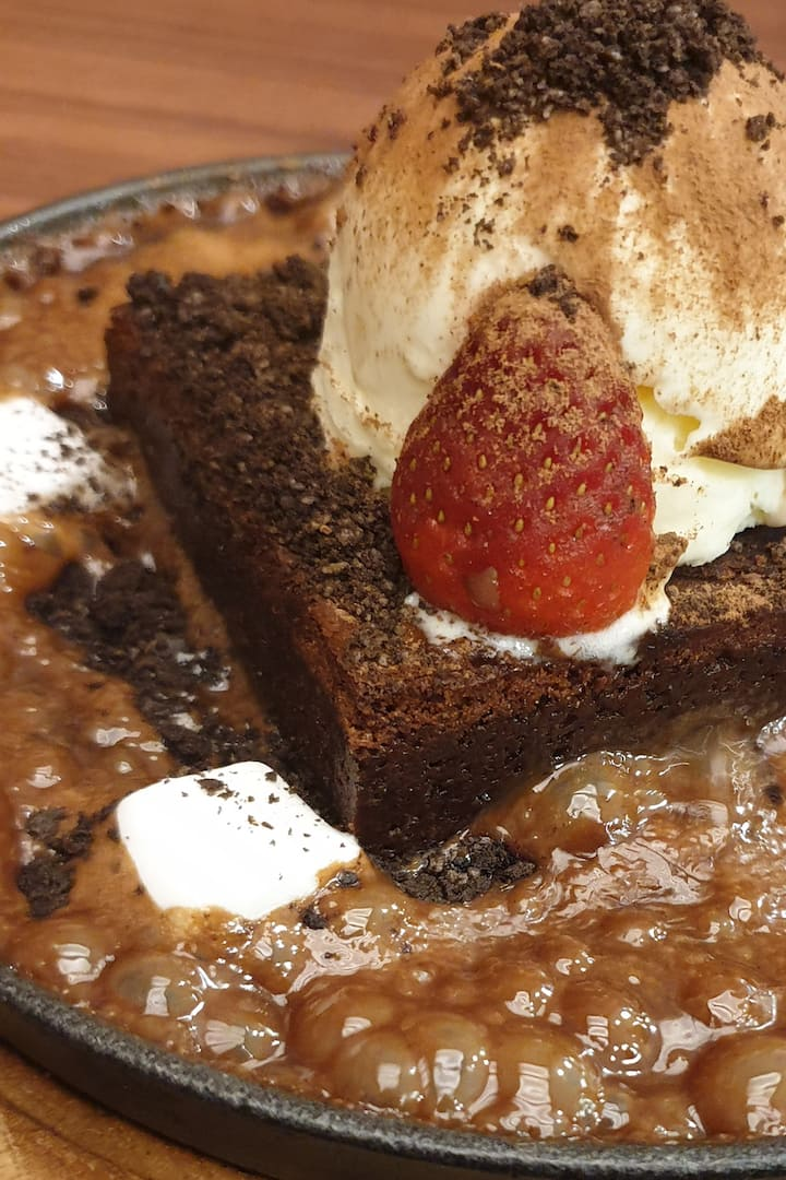 Molten Sizzling Chocolate