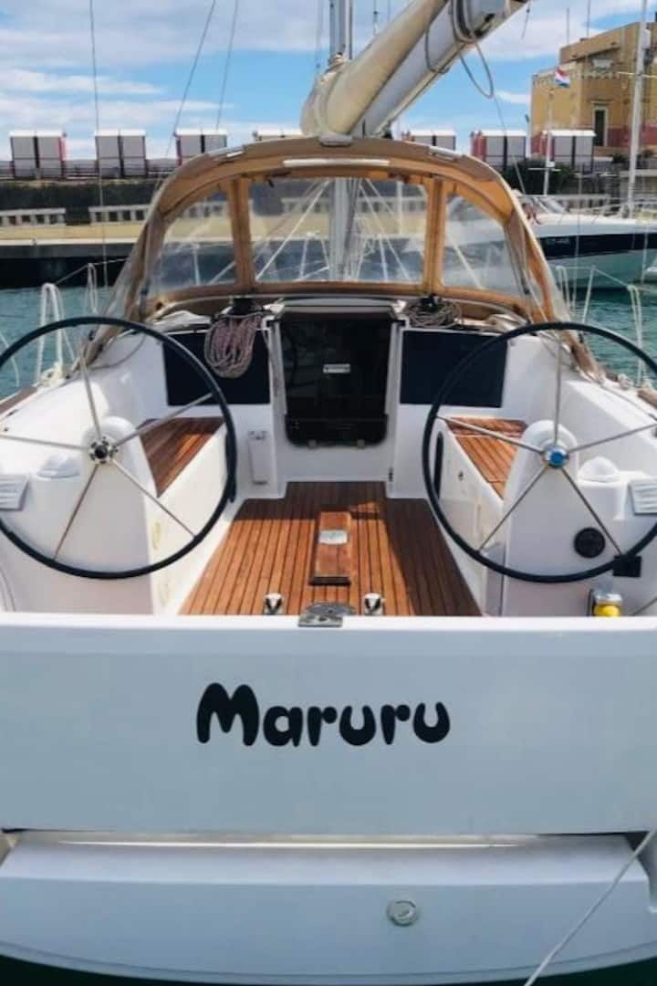 Maruru in Imperia harbour
