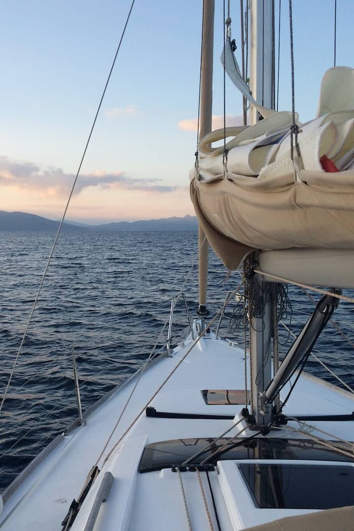 Maruru at sea