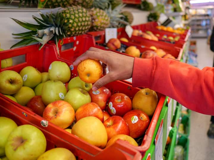 Enjoy local and fresh fruit