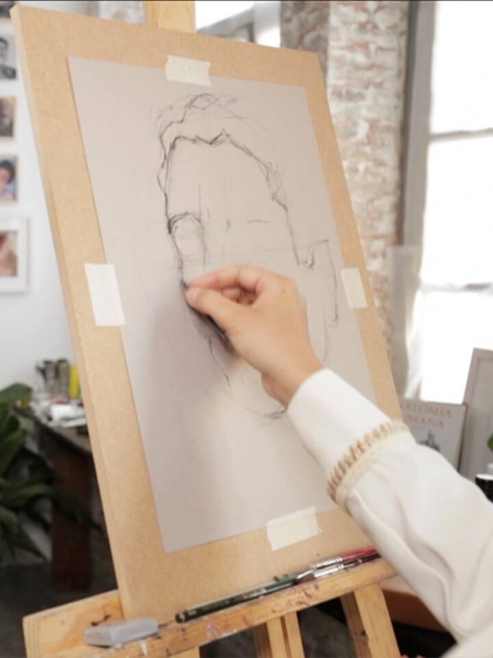 sketching a flamenco portrait