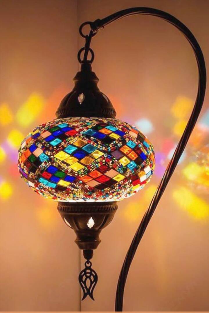 Mosaic Swan Lamp