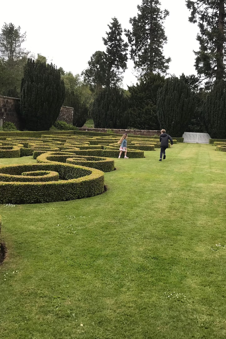 The Gardens of the Estate