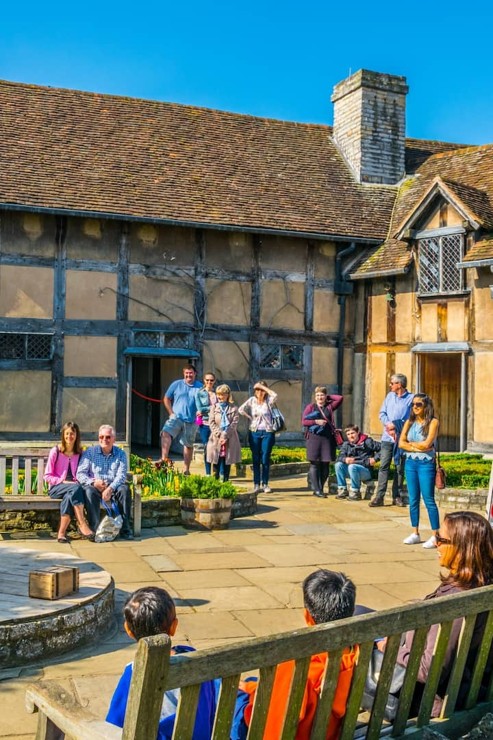 Live Performances of Shakespeare