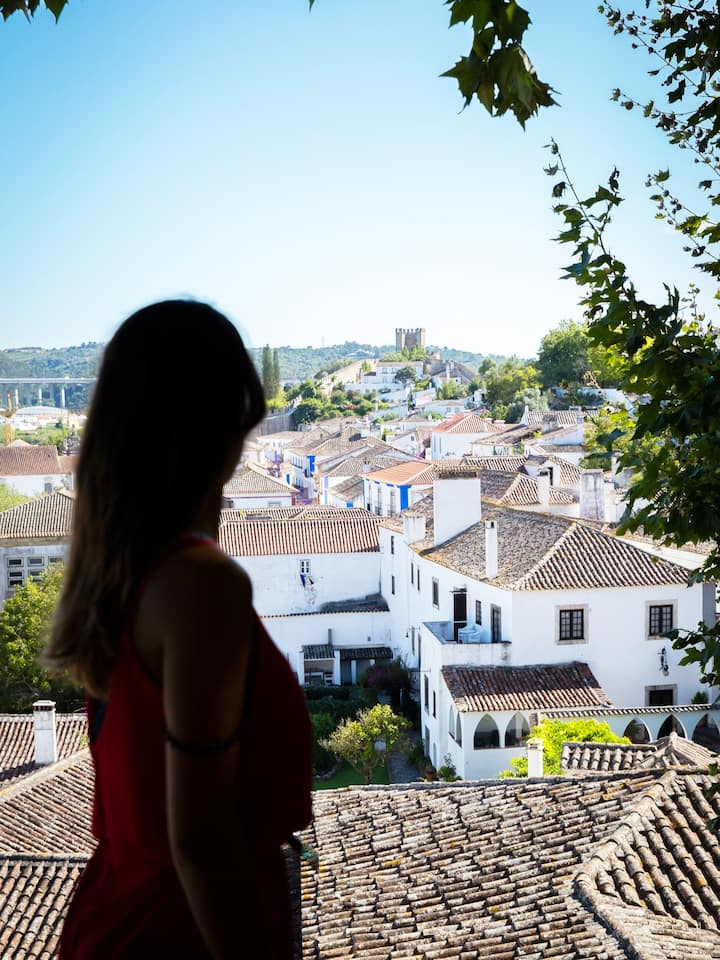 See the beautiful landscapes of Óbidos