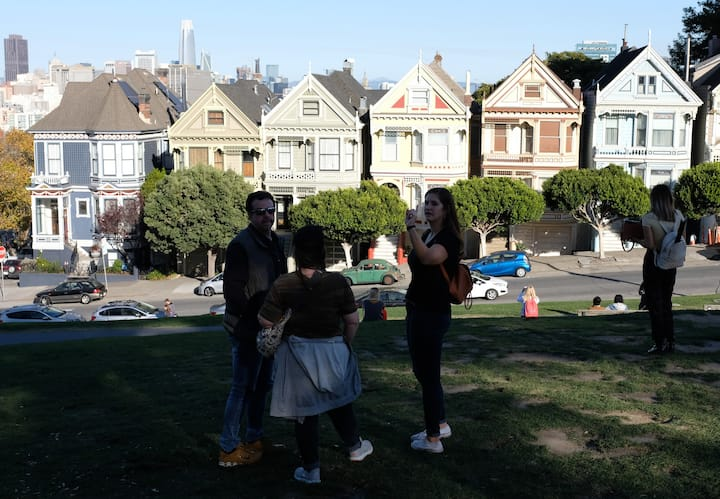 Photo stop at the Painted Ladies