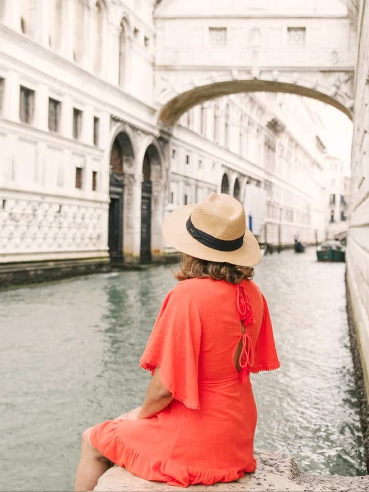Solo Travel Photoshoot in Venice