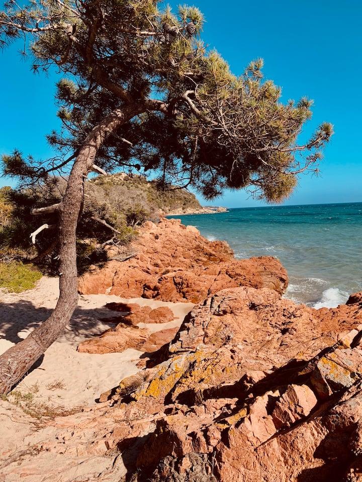 La pointe de la plage de Benedettu