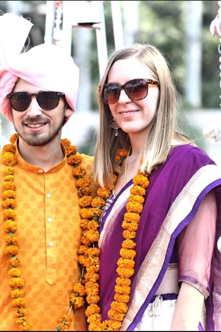 Indian Saree & Kurta Pyjama