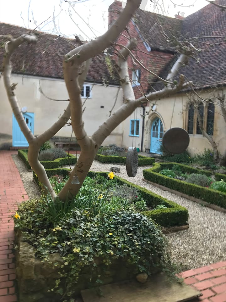 The Abbey inner courtyard