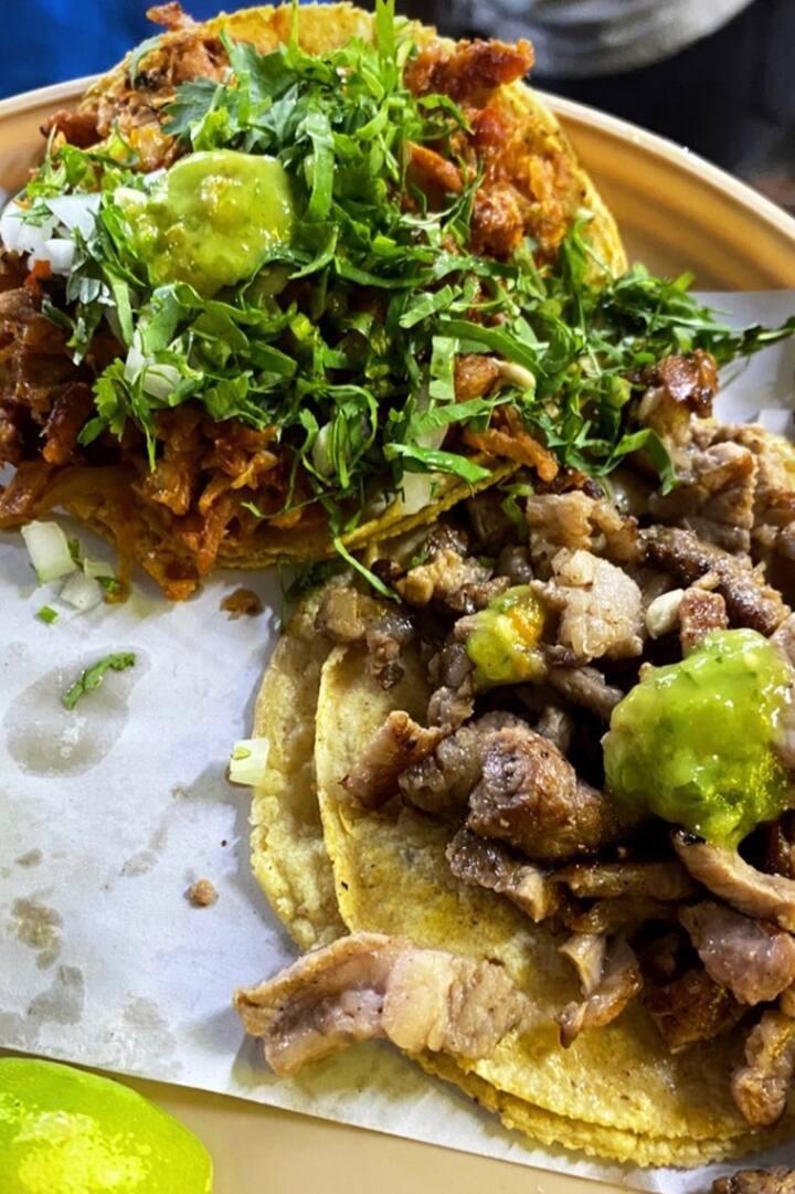 """Tacos de costilla y pastor """"los típicos"""""""