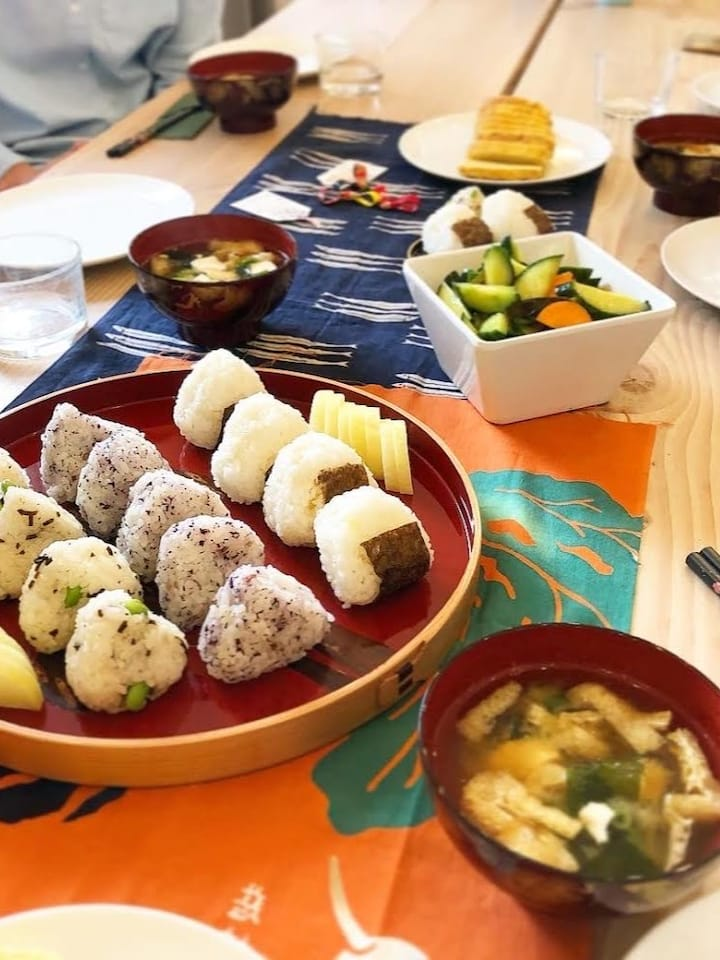 Onigiri rice ball breakfast class