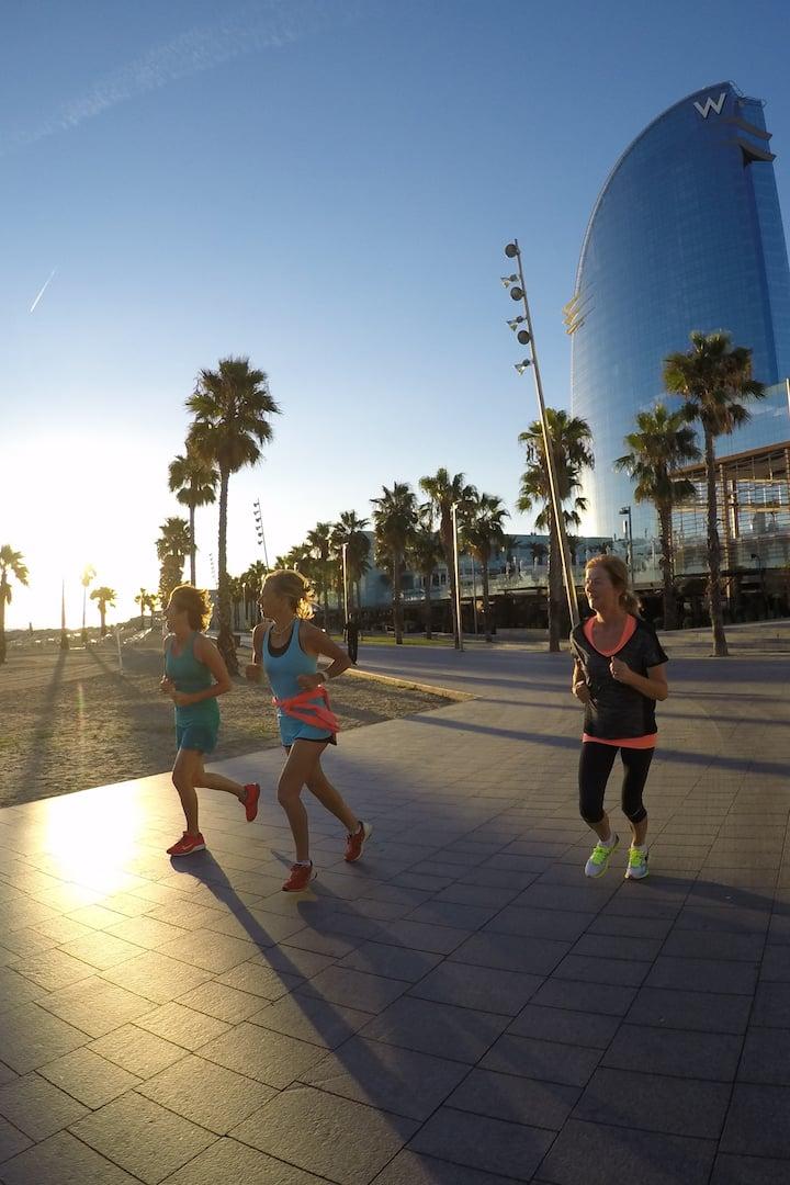 Hotel W Barcelona - Run along the beach