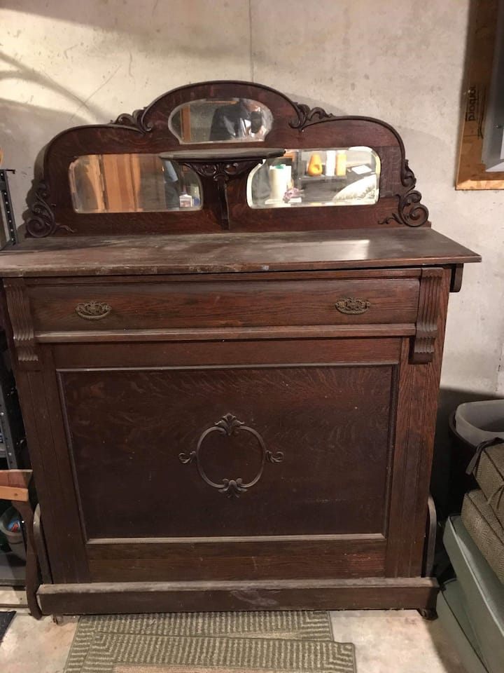 haunted 1800's cabinet bed