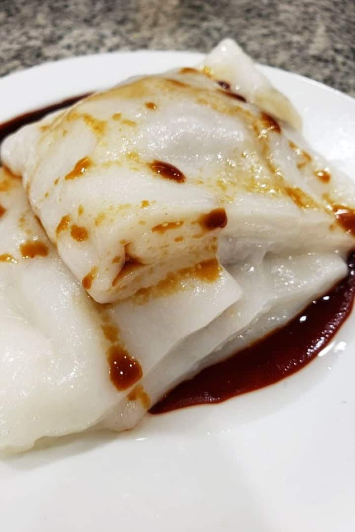 Steamed Beef Rice Rolls