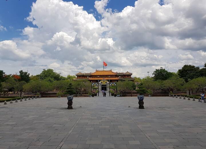 Hue Royal City