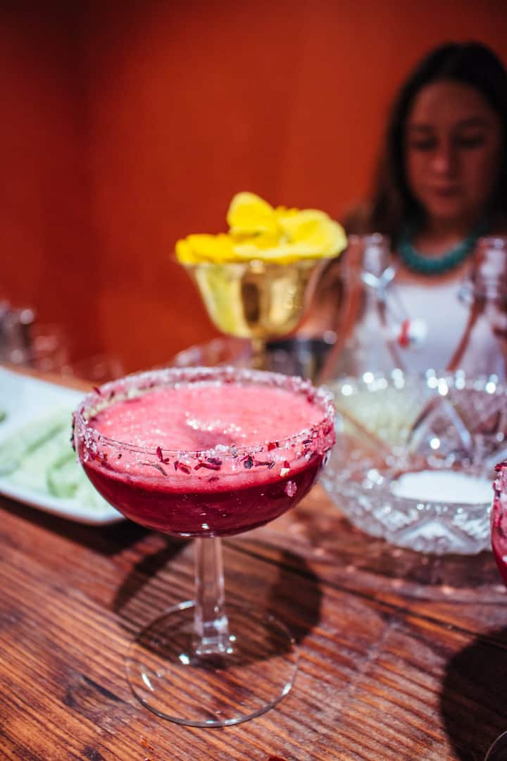 Hibiscus margarita with dry flower rim