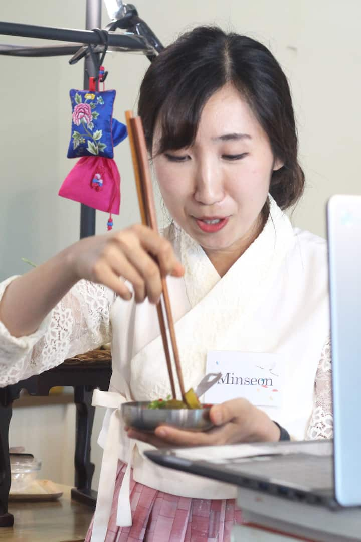 Cook Korean Food with a chef