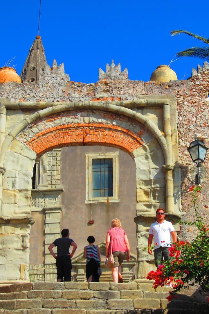 Walking tour Forza D'Agrò