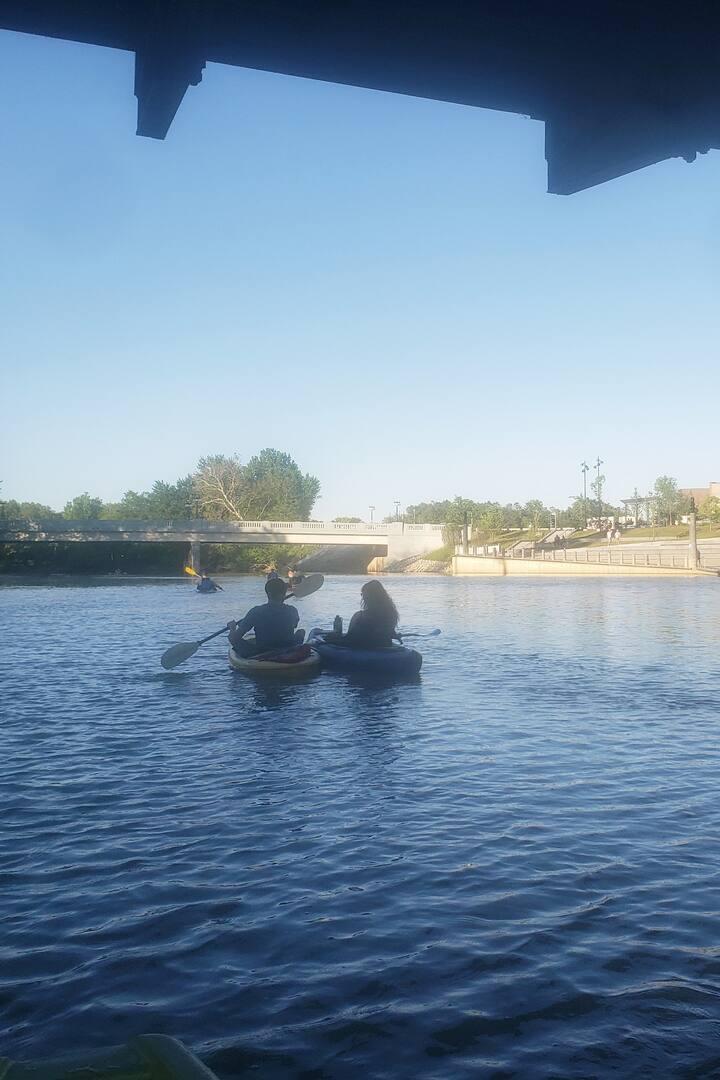 Float through Promenade Park