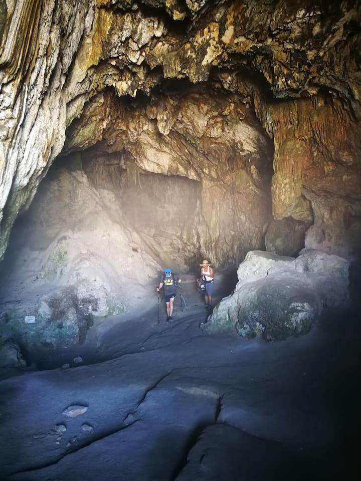 une grotte à explorer