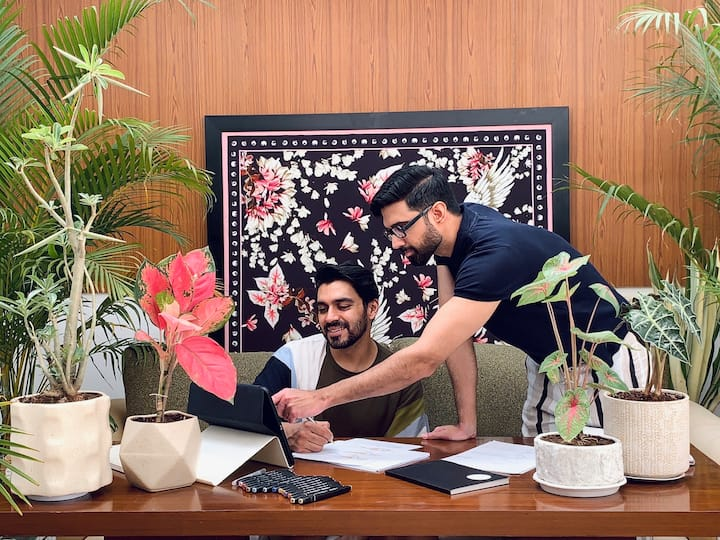 Shivan & Narresh engaging with a guest