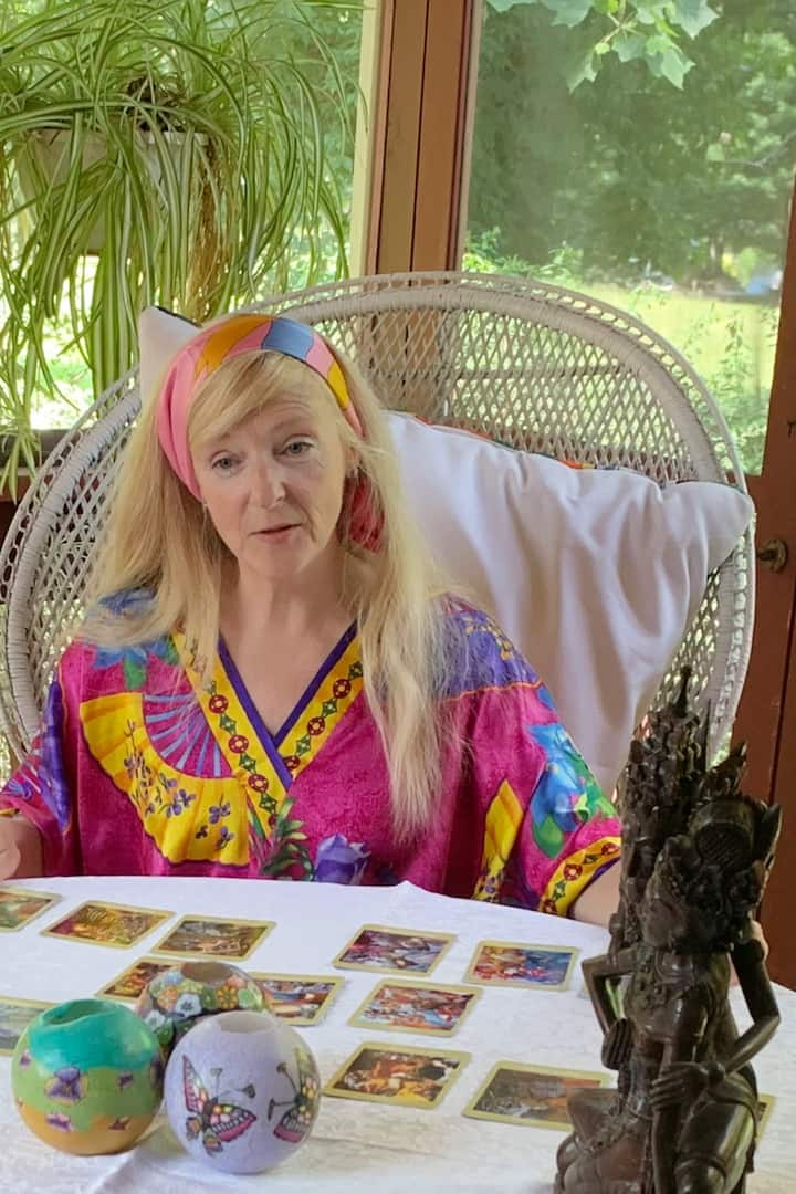 Hear the history of the Tarot