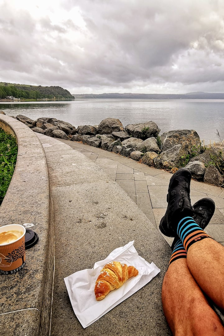 Breakfast at the lake