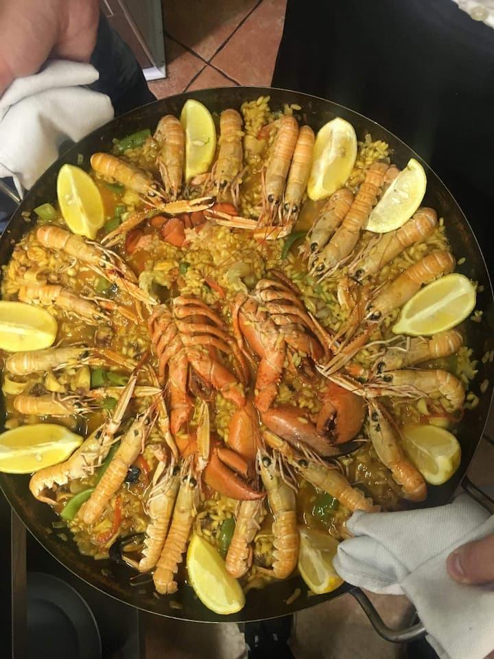 shrimp eat lobster