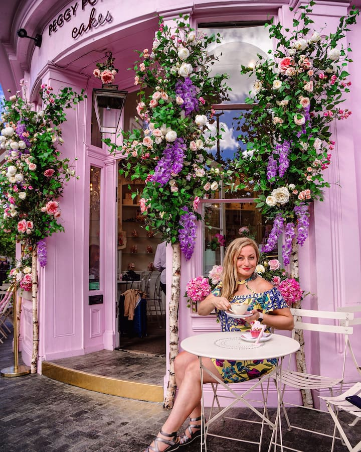 Photoshoot in the Peggy Porschen rest