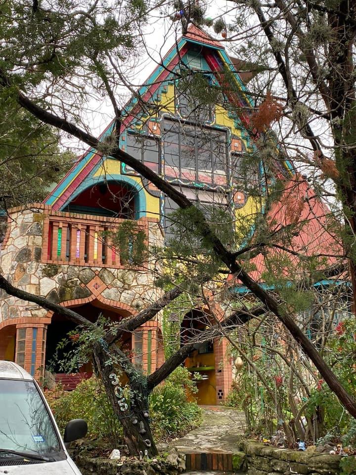 The eclectic Casa Neverlandia