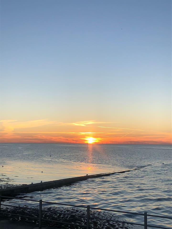 the beautiful Minnis Bay