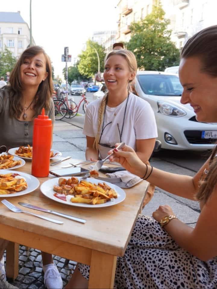 "Vegan ""Berliner Currywurst"""