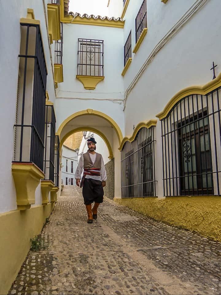 Follow a bandit through Ronda's streets