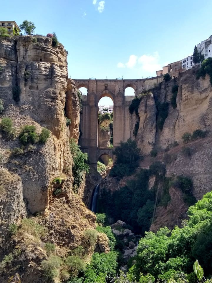 The iconic bridge and cliffs of Ronda