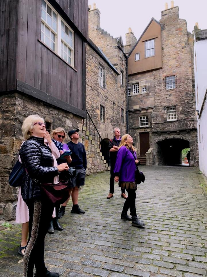 Looking at Outlander Locations