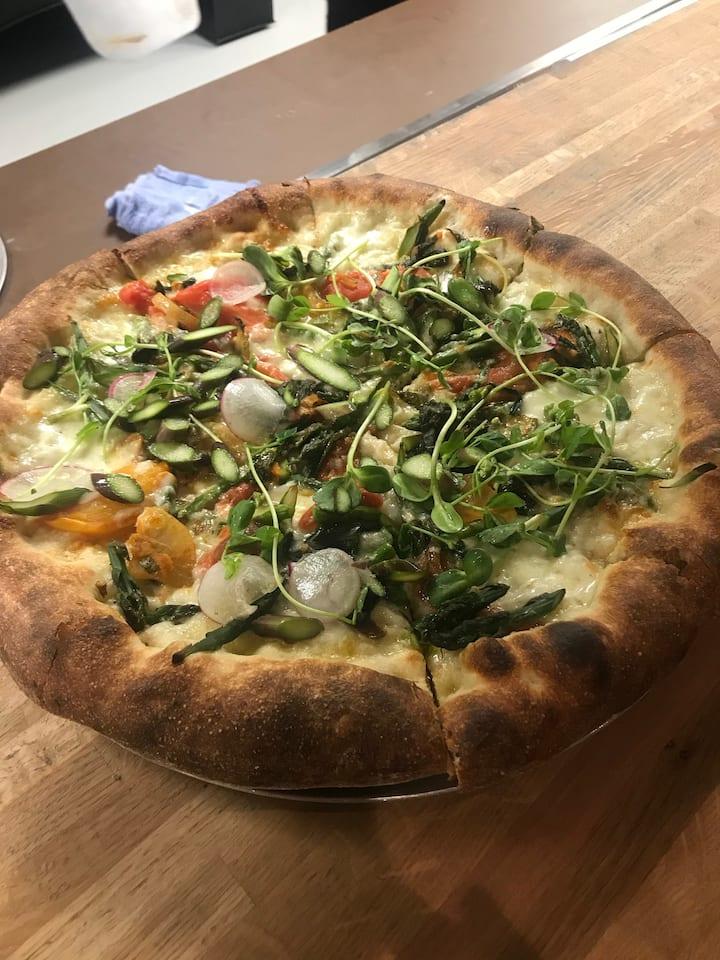 Market Pizza at Robert's