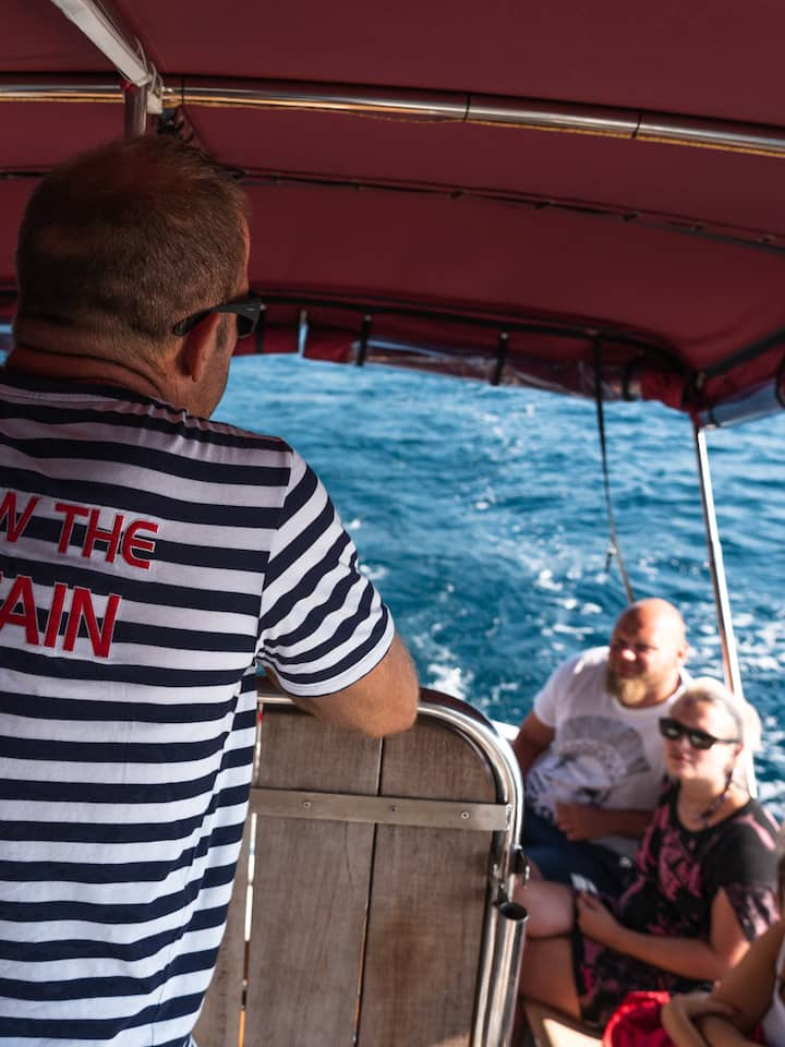 Captain Tomy explaining the tour.