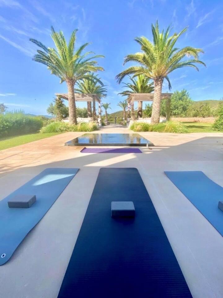 Yoga class in Villa