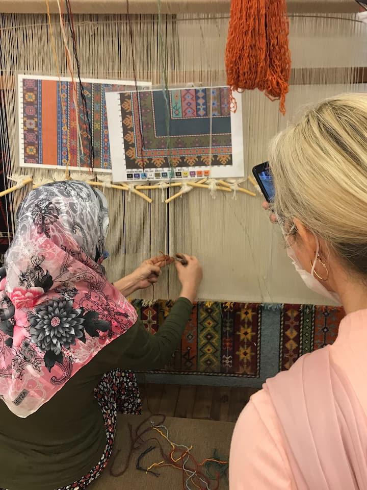 A Weaver is teaching