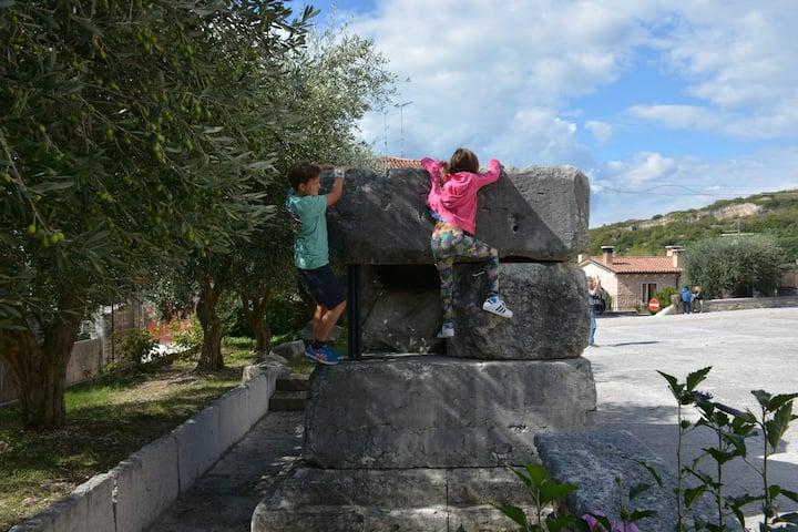 Children on Roman Marble Blocks