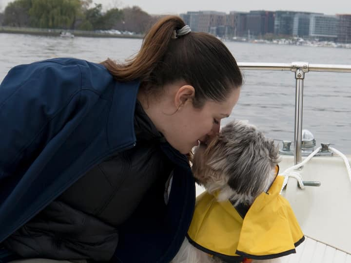 Pets welcome, but please bring a pet PFD