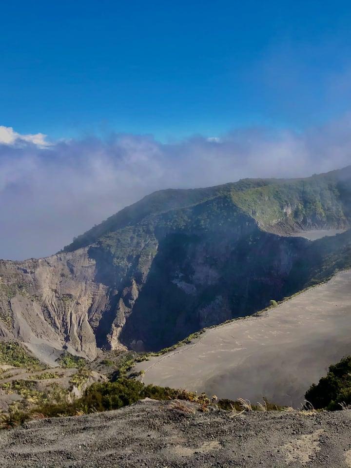 Cráter desde el punto de observación