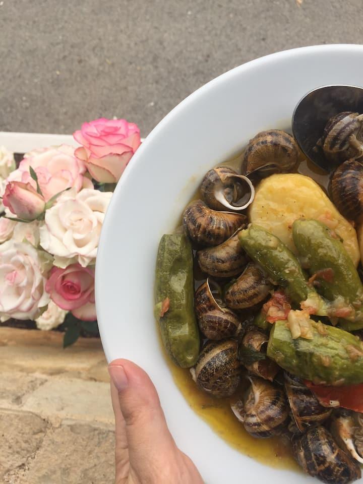 Cretan stew with snails